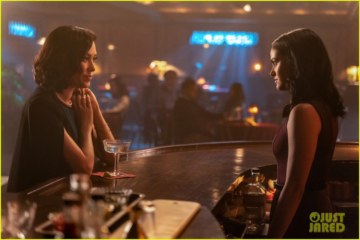 veronicas older sister hermosa comes to town on tonights riverdale 06