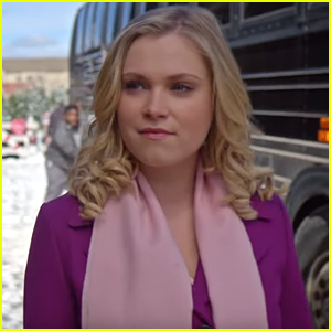 Christmas Inheritance Trailer.The 100 S Eliza Taylor Stars In Netflix S New Christmas