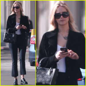 Jennifer Lawrence Gets Some Errands Done in LA!