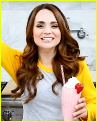 Rosanna Pansino Made 'Riverdale' Themed Milkshakes!